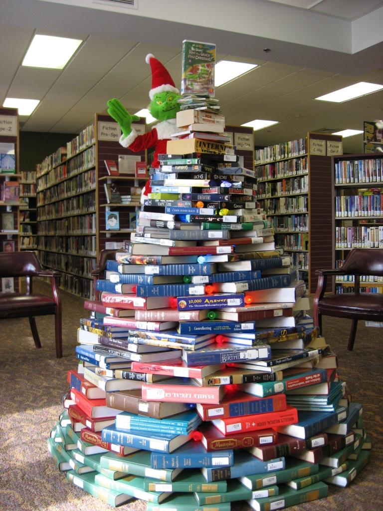 Book tree 001
